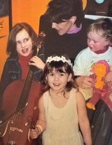 A throwback photo of Angie & her daughters