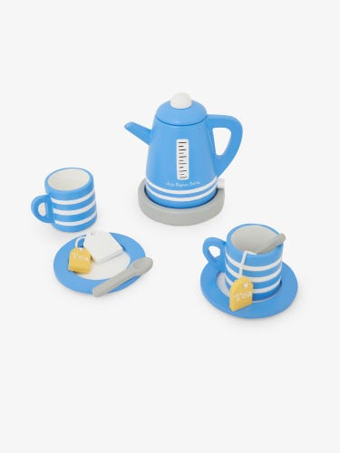 Wooden Kettle and Tea Cups Set